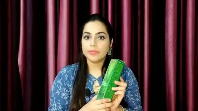 Wow Aloe Vera Face Wash with Built In Brush | Ria Anand Dargan