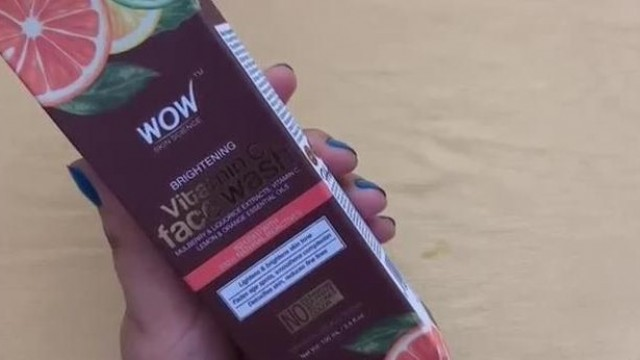 NEW Wow VITAMIN C Face Wash Review//BEST Wow Face Wash