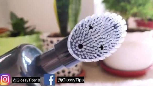 WOW Skin Science Brightening Vitamin C Foaming Face Wash With Brush-Review and Demo   GlossyTips